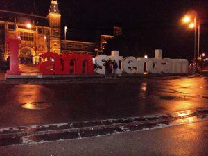 Letras frente al Rijksmuseum